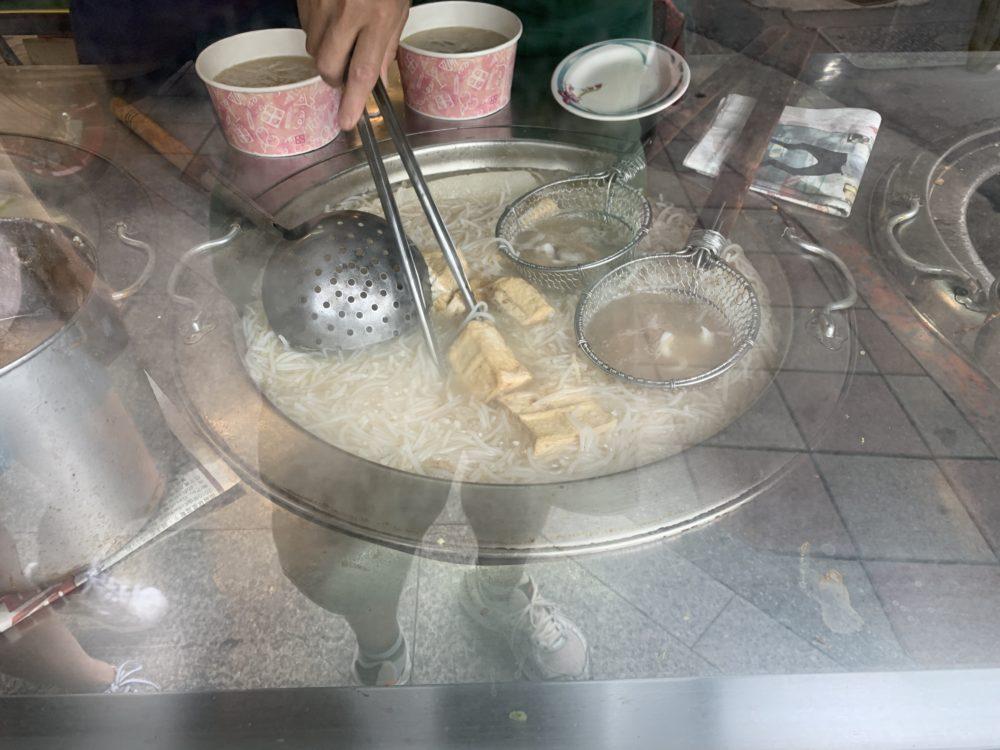 古早味咸粥、米粉湯