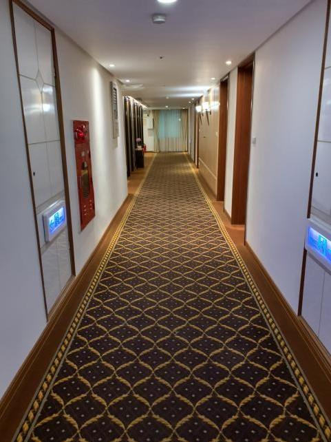 ゴールデンチャイナホテル(康華大飯店)